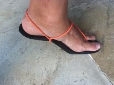 Sandália que fiz para correr.